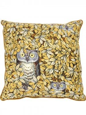 Подушка с принтом сов Fornasetti. Цвет: желтый