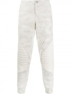 Вельветовые брюки Mammut. Цвет: белый