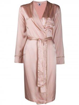 Халат с кантом Gilda & Pearl. Цвет: розовый