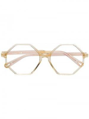 Очки в шестиугольной оправе Chloé Eyewear. Цвет: золотистый