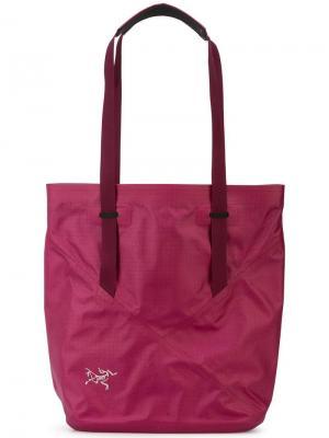 Классическая сумка-тоут Arc'teryx. Цвет: фиолетовый