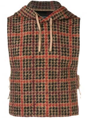 Трикотажный жилет Engineered Garments. Цвет: коричневый