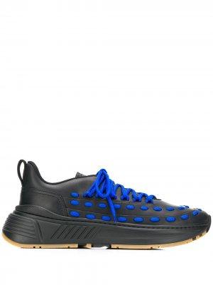 Кроссовки с контрастными шнурками Bottega Veneta. Цвет: черный