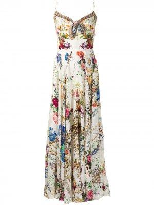 Платье на тонких бретелях с цветочным принтом Camilla. Цвет: белый