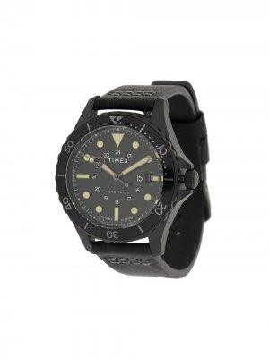 Наручные часы Navi XL Automatic TIMEX. Цвет: черный