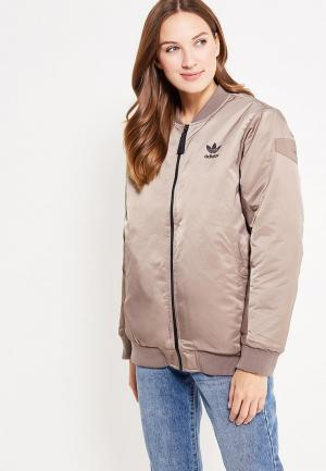 Куртка утепленная adidas Originals. Цвет: бежевый