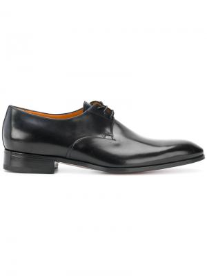 Классические ботинки-дерби Santoni. Цвет: черный