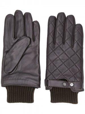 Стеганые перчатки с трикотажной вставкой Barbour. Цвет: коричневый
