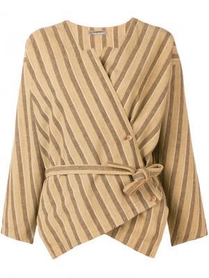 Полосатая блузка с запахом Issey Miyake Pre-Owned. Цвет: коричневый