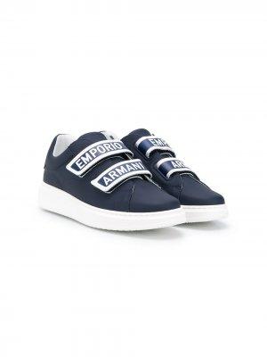 Кроссовки на липучках с логотипом Emporio Armani Kids. Цвет: синий
