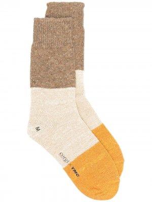Носки в стиле колор-блок из коллаборации с Corgi YMC. Цвет: желтый