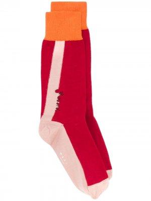 Носки в стиле колор-блок Marni. Цвет: красный
