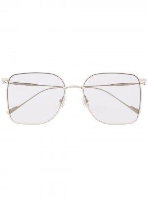 Солнцезащитные очки Reme 02 в массивной оправе Gentle Monster. Цвет: серебристый
