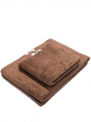 Комплект из двух полотенец TEKLA. Цвет: коричневый