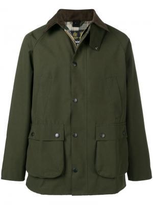 Классическая куртка на молнии Barbour. Цвет: зеленый