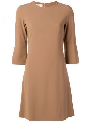 Расклешенное короткое платье Blanca. Цвет: коричневый